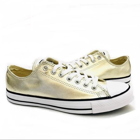 Metallic gold Converse low top Sneaker